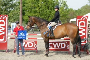 Congrats to Alyssa Rhee on her win in the Culpeper Equitation Classic!